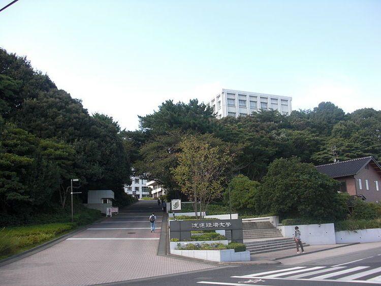 日本経済大学 経営学部 偏差値