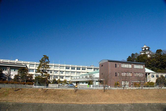掛川西高校(静岡県)の情報(偏...