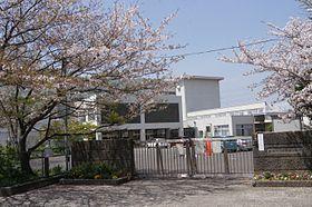稲村ヶ崎小学校(神奈川県鎌倉市...