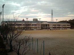 滋賀県草津市の小学校一覧|みん...