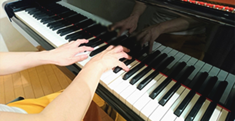 年収 ピアニスト